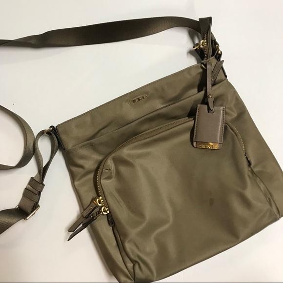 737ef29af67bf Tumi Voyageur 'Canton' crossbody bag. M_5cb8eaa0d948a17b4ababfe5